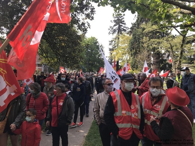 Vienne : des centaines de manifestants à Poitiers et à Châtellerault pour le 1er Mai