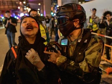 Hong Kong: les manifestants de retour dans les rues après une accalmie