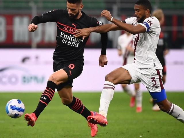 Série A : grâce à un Olivier Giroud décisif, l'AC Milan prend la tête du championnat italien