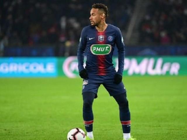 Mercato – L'Equipe «Leonardo va devoir trouver un moyen de rendre Neymar de nouveau épanoui au PSG.»