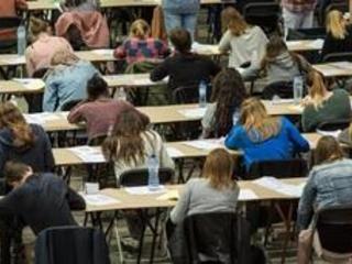 Plus de 4.500 candidats inscrits à l'examen d'entrée en médecine et dentisterie