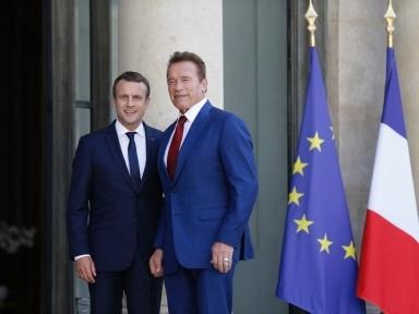 Quand Macron fait une vidéo selfie avec Schwarzenegger