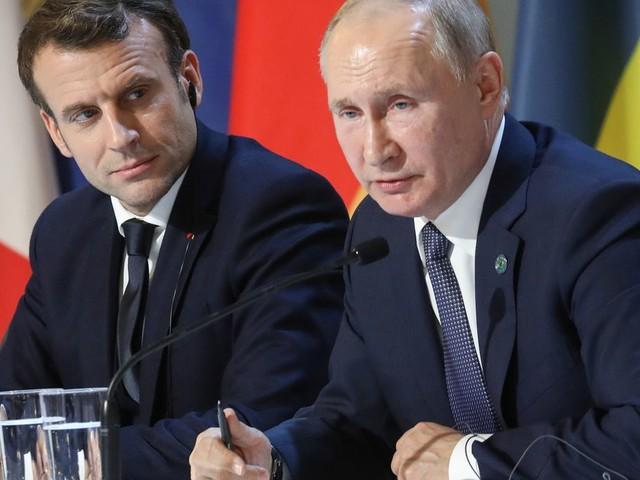 Au Sommet de Paris sur l'Ukraine, une longue cuillère pour dîner avec Poutine