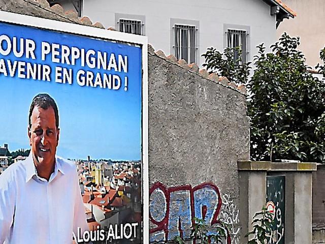 Perpignan : Louis Aliot s'affiche sans étiquette