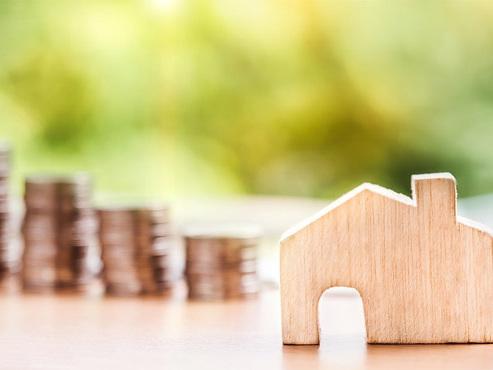 """En Islande, des familles luttent toujours contre un prêt hypothécaire délirant: """"L'emprunt a plus que doublé , il dépasse la valeur de la maison"""""""