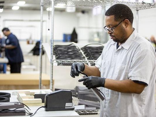 Ford s'associe à 3M et GE Healthcare pour produire des respirateurs et de masques