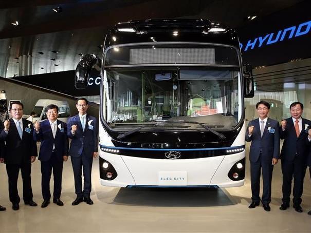 Pour lutter contre la pollution, Séoul va convertir 4 000 de ses bus à l'électrique