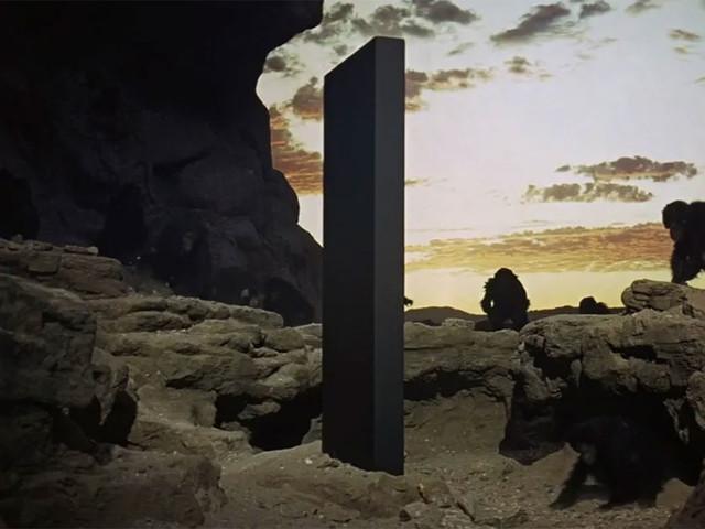 Un nouveau monolithe fait son apparition... en France