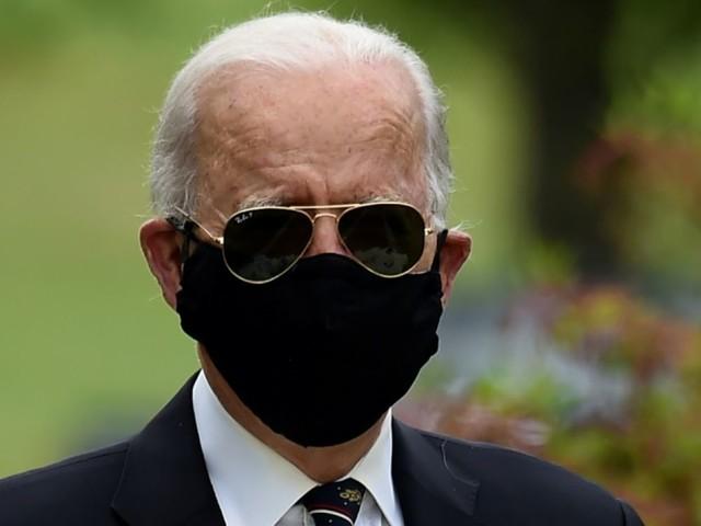 Etats-Unis: première sortie publique de Joe Biden depuis le 15 mars