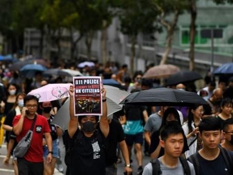 Hong Kong: les manifestants à nouveau dans la rue, un test pour les deux camps