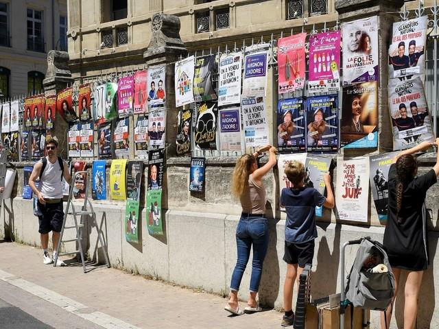 """Festival d'Avignon : une édition """"extrêmement émouvante"""", confie Olivier Py"""