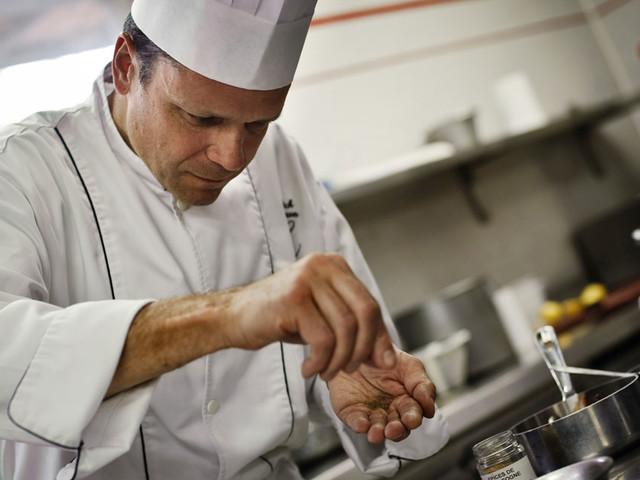 Le plat du jour : le filet de truite façon Gravlax de Patrick Bertron