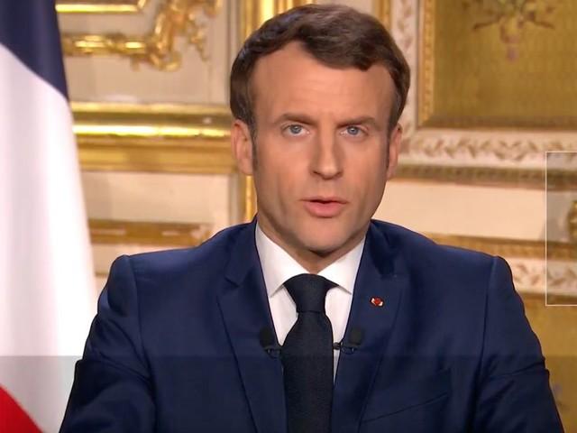 La crise du coronavirus contraint Macron à bouleverser ses priorités