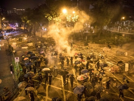 Le Congrès américain adopte une résolution soutenant Hong Kong face à Pékin