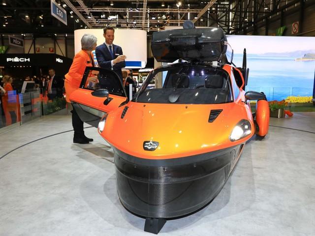 PHOTOS - PAL-V Liberty, la première voiture volante est enfin homologuée