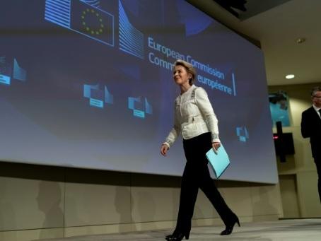 """L'Afrique """"compte"""" pour l'UE, assure von der Leyen en Ethiopie"""