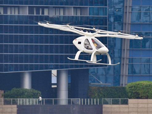 Nouvel essai du taxi du futur: le Volocopter, un taxi-drone (photos)