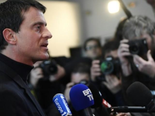 """Législatives françaises: """"capharnaüm"""" dans la circonscription de l'ex-Premier ministre Valls"""