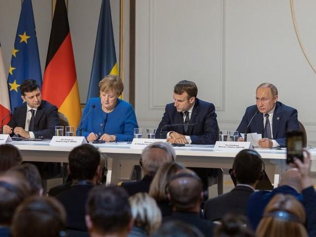 Le dialogue reprend entre l'Ukraine et la Russie, mais les divergences demeurent