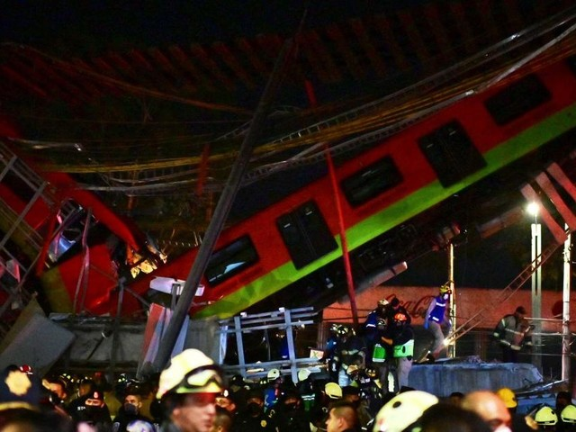 Un pont s'effondre à Mexico au moment où une rame de métro passait dessus: au moins 20 morts et 70 blessés (photos+vidéos)