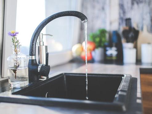 Comment va évoluer le prix de l'eau en Wallonie et à Bruxelles?