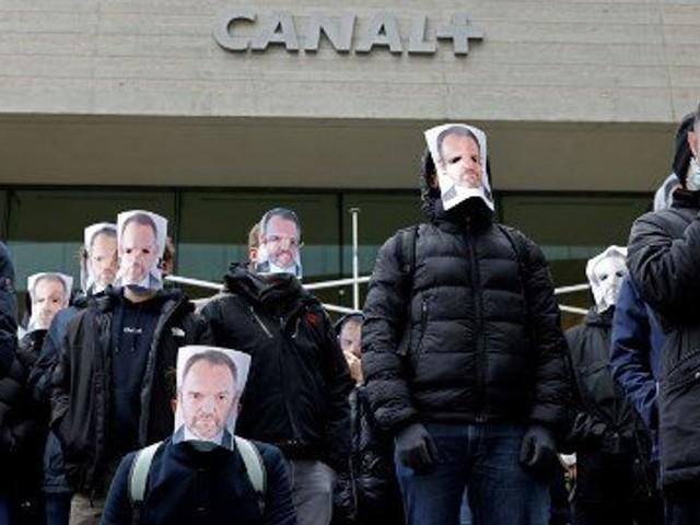 En soutien à Stéphane Guy, des salariés de Canal+ manifestent