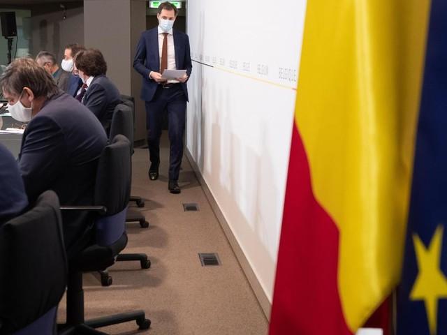 Critiqué de toutes parts après la conférence de presse de ce lundi, Alexander De Croo réagit: «Certains déconfinements additionnels possibles en mars»