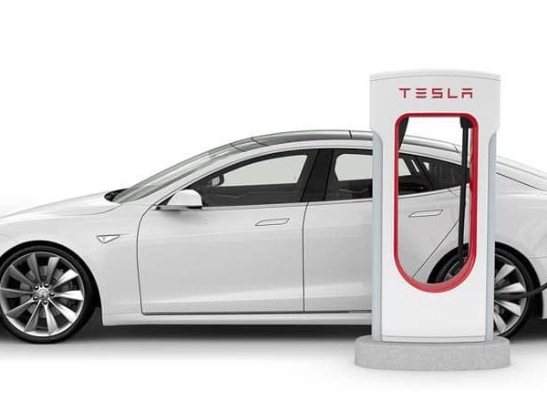 Tesla : coup d'accélérateur sur l'installation de Supercharger V3 en France et en Europe