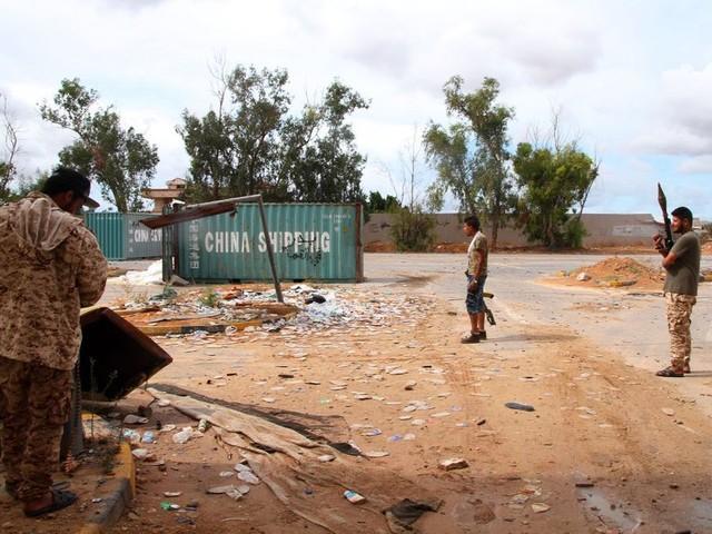 Libye: deux enfants tués par des roquettes au sud de Tripoli