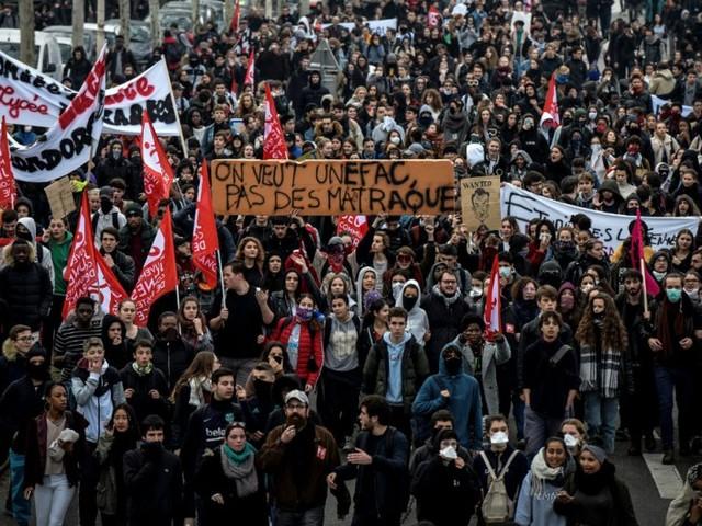 """Mouvement des lycéens et Gilets jaunes: """"On espère faire converger nos luttes"""""""