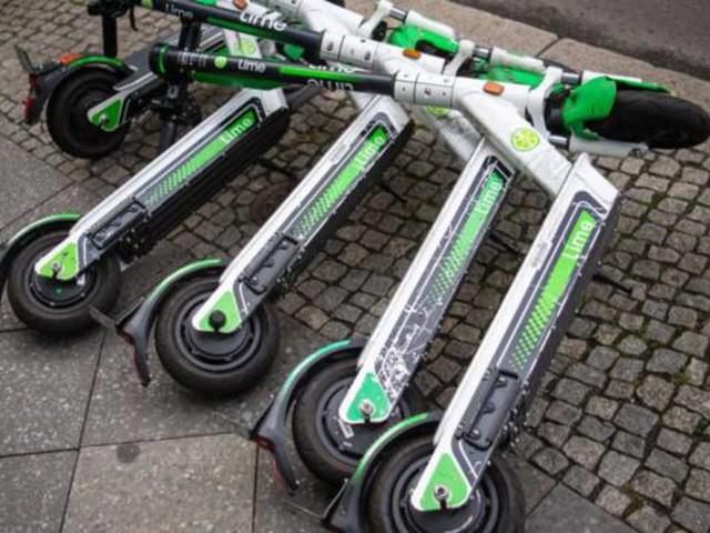 Trottinettes électriques : Lime va faire payer ses clients parisiens incivils