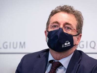 """Taxe kilométrique : """"La concertation sera lancée, j'agis en tant que ministre-président"""" - Vervoort"""