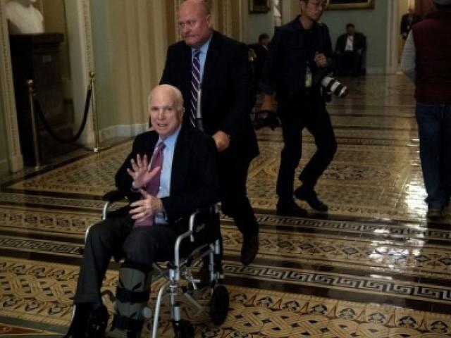 Etats-Unis: John McCain a subi une opération intestinale