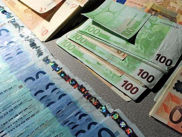 Un MRE arrêté avec 54.000 euros à Tanger-Med