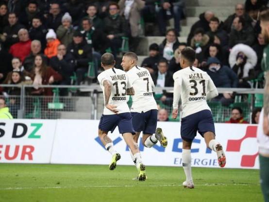 Foot - L1 - Un bijou de Kylian Mbappé offre la victoire au PSG à Saint-Etienne