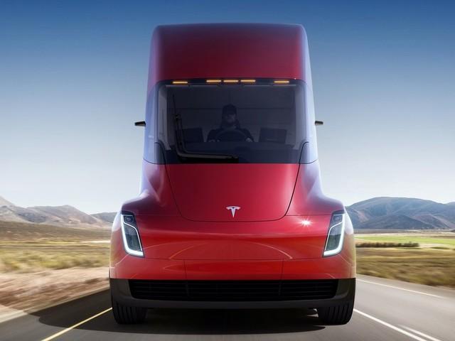 Le poids lourd Tesla proposera une autonomie de 1000 km