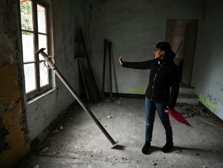 Ardèche: réveillon saumâtre au Teil, 40 jours après le séisme