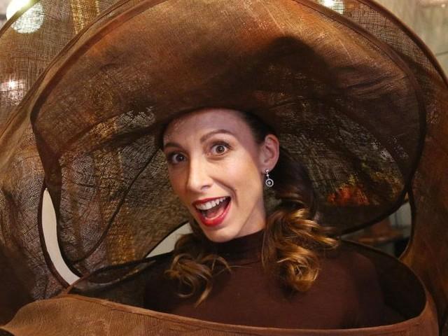 Silvia Notargiacomo : L'ex-danseuse de DALS se prépare pour le salon du chocolat 2017