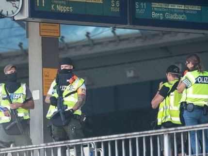Prise d'otage à Cologne : la police n'exclut pas un attentat