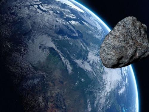 L'astéroïde devant frôler la Terre à la veille de la présidentielle aux USA présente-t-il une menace?