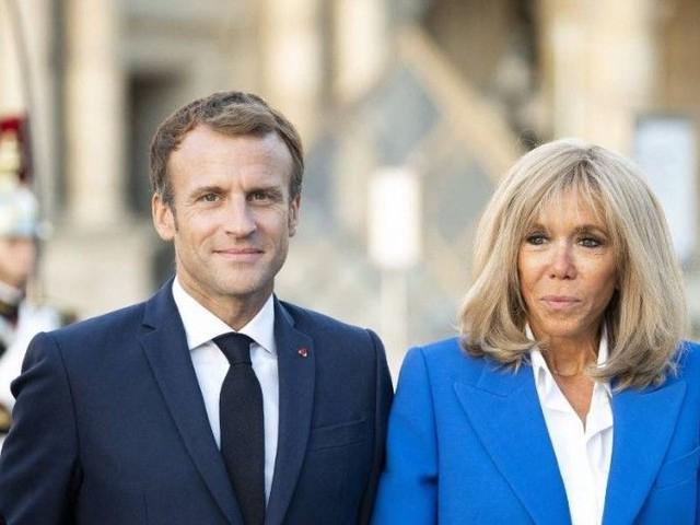Emmanuel Macron victime d'un jet de projectile : la réaction de sa femme Brigitte après ce nouvel incident révélée par Bernard Montiel