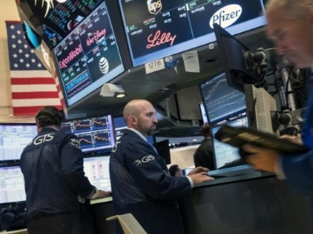 Wall Street, surveillant le pétrole, ouvre en petite hausse