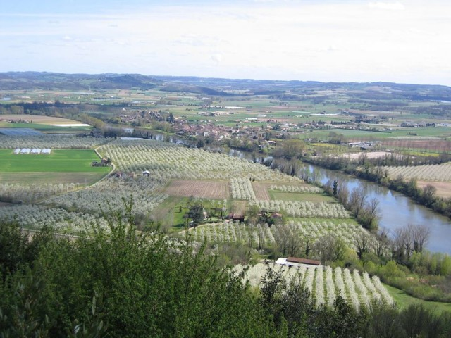 Le lac de Caussade, emblème du réchauffement climatique en Nouvelle-Aquitaine et Occitanie