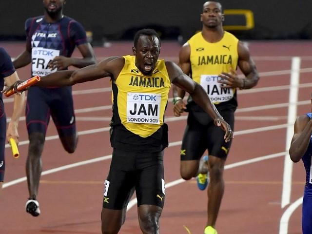 Mondiaux d'athlétisme: Usain Bolt se blesse lors du 4x100 m, la dernière course de sa carrière (vidéo)