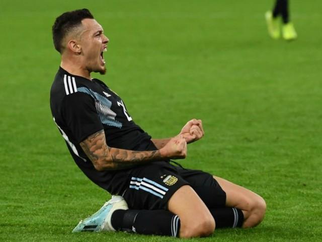 Sans Messi, Ocampos joue les sauveurs