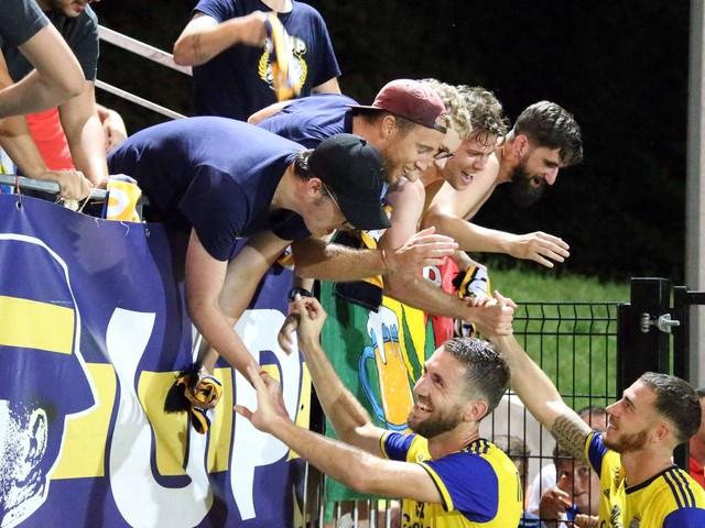 Football/National : le Pau FC assoit sa défense