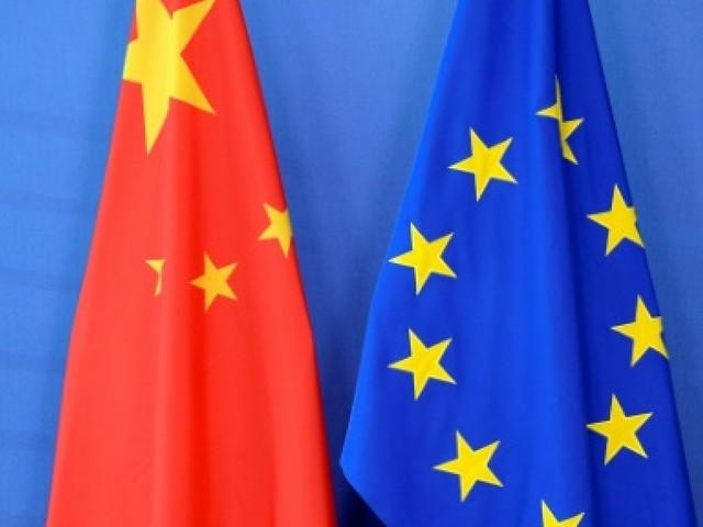"""Accès au marché chinois: les firmes de l'UE veulent des """"actes concrets"""""""