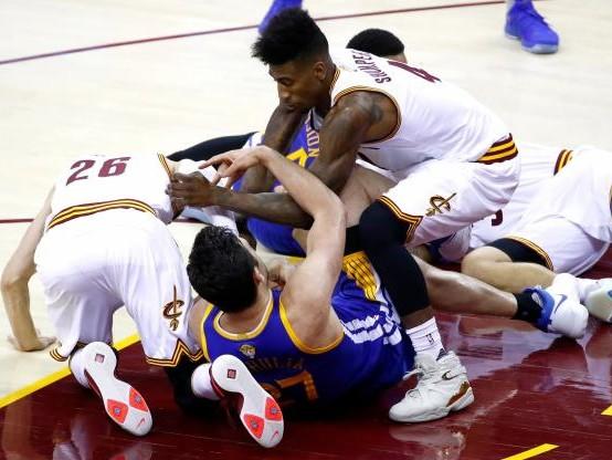 Basket - NBA - Dans la folie du troisième quart-temps du match 4 des Finales