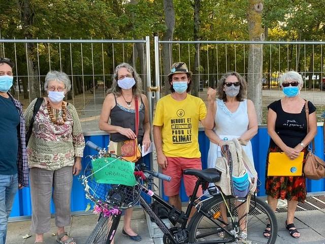 Chantier des basses promenades à Reims : des militants se mobilisent pour sauver les arbres