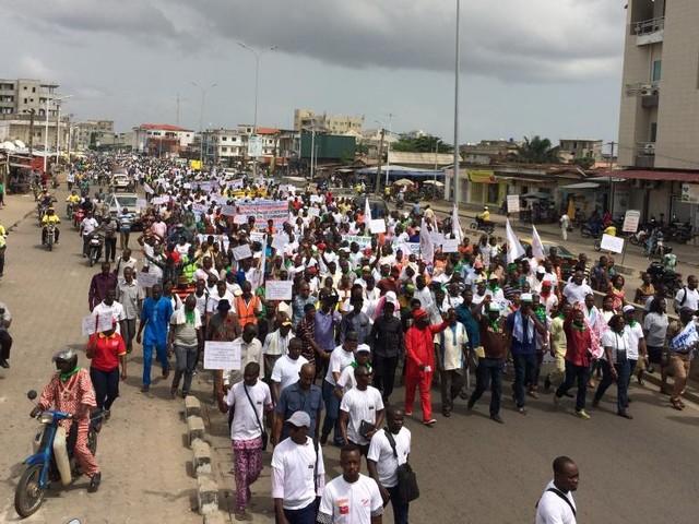 Bénin: les syndicats opposés aux réformes à marche forcée